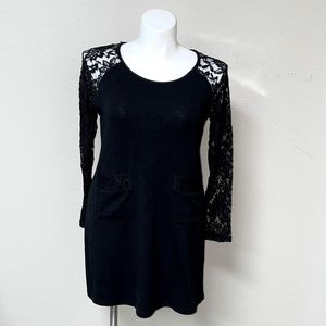 NWT Aryeh Black Laced Sleeve Pocketed Dress (XL)